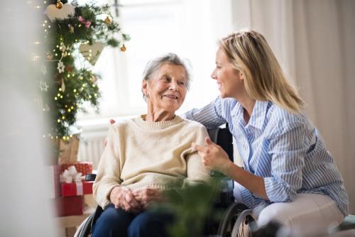 Jak opiekować się osobą starszą?